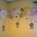 pasztell falfestmény nappaliba